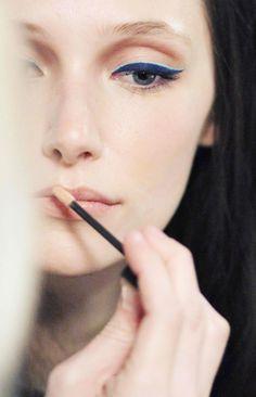 love this dual eyeliner look!