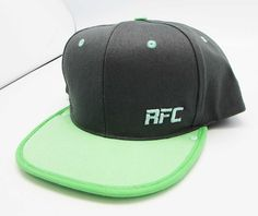 This 6 panel snapback is some next level stuff, the look and fit are dope, i really enjoy wearing this hat.
