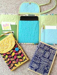 Sewing Fabric Tri Fold Tablet Totes PDF Sewing Pattern by Paulette Mo - Sew your own tablet tote for carrying your iPad Mini, Nook, Kindle, Nexus 7 or other seven inch tablet. Quilting gives it some padded protection. Pockets on the side Sewing Hacks, Sewing Tutorials, Sewing Crafts, Sewing Tips, Dress Tutorials, Tape Crafts, Craft Tutorials, Felt Crafts, Fabric Crafts