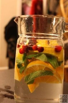 13. #Citrus and Cranberry #Water - 43 Recipes for Water for #Making Hydration #Tasty ... → Food #Infused
