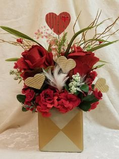 Valentines Day Centerpiece,Valentines Day Arrangement , Valentine's Day Gift, Valentine Floral, Floral Centerpiece, Valentine Home Decor by SouthTXCreations on Etsy