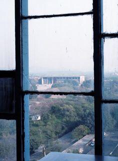 【ELLEgirl】インドの都市チャンディーガルを写したホンマタカシ『Chandigarh』展が開催|エル・ガール・オンライン