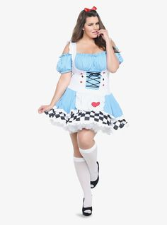 Update: Looking for Halloween 2016 costumes? Check out these nerdy plus size costumes, these festive plus size Halloween leggings, plus size costumes in sizes and these fat positive Halloween costume ideas! For curvy women on Halloween,… Pin Up Girl Costume, Girl Group Costumes, Blue Costumes, Costumes For Teens, Turtle Costumes, Woman Costumes, Couple Costumes, Adult Costumes, Alice Costume