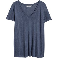 H&M+ V-neck T-shirt (120 MXN) ❤ liked on Polyvore featuring tops, t-shirts, shirts, tees, plus size, dark blue, v-neck shirt, t shirt, tee-shirt and plus size tees