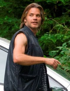 Timothy Olyphant on the set of This Is Where I Leave You