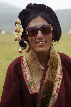 'Khampa'. Kham, Tibet © Leonid Plotkin