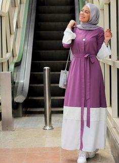 Fashion Tips 101 Abaya styles for Ramadan outings Just Trendy Girls.Fashion Tips 101 Abaya styles for Ramadan outings Just Trendy Girls Modern Hijab Fashion, Street Hijab Fashion, Modesty Fashion, Abaya Fashion, Muslim Fashion, Skirt Fashion, Fashion Tips, Moda Hijab, Hijab Evening Dress