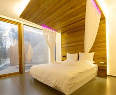 Gallery - WHY Hotel / ELEVATION WORKSHOP / WEI architects - 13