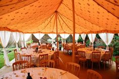 A splindid Wedding Lunch under the Canvas, friends, family & fun !