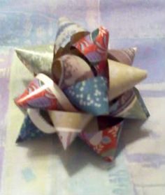 gift bows! (yet another way to recycle magazines) tutorial added and more pics - PAPER CRAFTS, SCRAPBOOKING & ATCs (ARTIST TRADING CARDS)