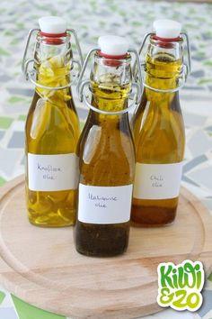 Een simpele manier om snel smaak aan een gerecht te geven is door er een kruiden olie over te sprenkelen. Bijvoorbeeld de smaak van knoflook aan een gerecht toevoegen, zonder elke keer een teentje fij Pesco Vegetarian, Herbs For Health, Spice Mixes, Kiwi, Hot Sauce Bottles, Chutney, Superfood, Spice Things Up, Natural Remedies