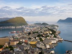 Set sail for six of Europe's harbor towns in Malta, Norway, France, Estonia, Poland, and Croatia.
