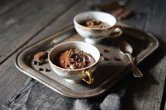 FoodLover: Čokoládová pěna s kávou TOP dessert Frappe, Sweet Home, Food And Drink, Dining, Drinks, Tableware, Live, Drinking, Food