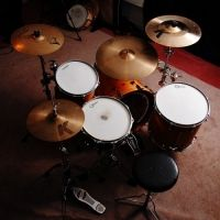 Before looking for online drum lessons beginners the first thing you will want to do as weather you are looking for online drum lessons or just looking for drumming tips to point you in the right way. Drum Lessons, Drums, Music, Musica, Musik, Percussion, Drum, Muziek, Music Activities