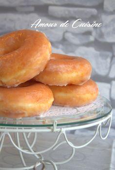 surveiller pour les enfants j'ai presenter ces donuts avec Beignets, Eat Me Drink Me, Food And Drink, Baked Donuts, Doughnuts, Kids Meals, Easy Meals, Cuisine Diverse, Cheesecake Cake