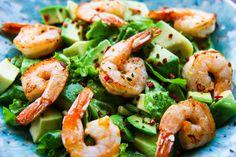 Salata cu creveti si avocado in sos de miere si mustar. Gustoasa si festiva. Bruschetta, Shrimp, Food, Festivus, Salads, Essen, Meals, Yemek, Eten