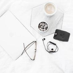 Komu kawy? Komu te rewelacyjne słuchawki bezprzewodowe ? Wspaniałe jest to, ze robiąc na rowerze przez las 20 kilometrów  nie wypadły z uszu. Jeśli macie ochotę możecie wykorzystać mój kod rabatowy na produkty @sudiosweden 15 %  VASHKA15  #sudio#SudioSweden#SudioMoments