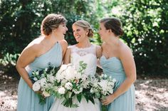 Blue bridesmaid dresses and white bouquets | Jennings King