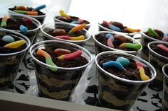 Dirt Dessert Cups....used to eat this all the time when I was little and I still love it!!