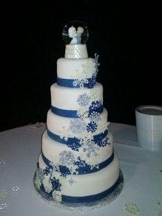 Snowflake Precious Moments Wedding Cake