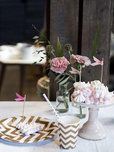 Tableware, straws and cake flags from Copenhagencakeshop <3