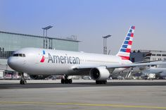 An American Airlines Boeing 767 in new livery