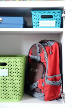 This family has it together! Green with envy...  Our Favorite Organizing Tips for a Smooth School Year