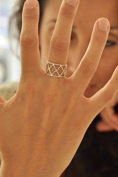 Silver Israeli Bars Ring, Delicate woman ring, special design geometric ring on Etsy, € 60,72