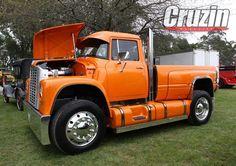 Loadstar international build from Australia Truck Flatbeds, Chevy Pickup Trucks, Mack Trucks, Chevy Pickups, International Harvester Truck, International Tractors, Cool Trucks, Big Trucks, Heavy Duty Trucks