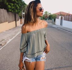 59 Boho Street Style Outfits To Copy Today - Luxe Fashion New Trends - Fashion for JoJo Summer Wear, Spring Summer Fashion, Spring Outfits, Teen Fashion, Fashion Outfits, Womens Fashion, Boho Fashion, Style Fashion, Look Short
