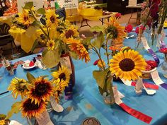 Lovely sunflowers showcased at the 2016 show. Sunflowers, Painting, Art, Art Background, Painting Art, Kunst, Paintings, Performing Arts, Painted Canvas