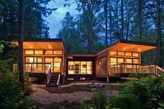 Prefab Homes Kits That Sustainable And Affordable. Find Modern Prefab /  Prefabricated Modular Homes Plans / Designs / Ideas Eco Friendly Here.