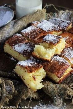 CAKE Delicate, light, not too sweet and perfectly moist. Polish Desserts, No Bake Desserts, Just Desserts, Sweet Recipes, Cake Recipes, Gateaux Cake, Food Combining, Breakfast Menu, Sweets Cake