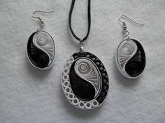 Yin-yang fekete - fehérben.