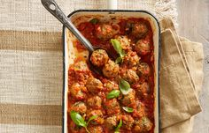 Baked meatballs with fresh tomato sauce