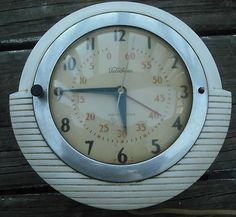 Vintage Deco Clock.