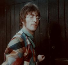 across the universe Beatles Art, John Lennon Beatles, Beatles Photos, The Beatles, Liverpool, Jhon Lennon, Bug Boy, Sir Paul, Pretty People