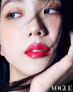 BLACKPINK Jisoo Dior Photos and Videos Update Jisoo is Dior's Beauty Ambassador in Korea, see Jisoo sexy and gorgeous photos for Dior Kpop Girl Groups, Korean Girl Groups, Kpop Girls, Blackpink Jisoo, Yg Entertainment, Black Pink ジス, Dior Makeup, Queen Makeup, Idole
