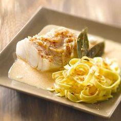 Cod in sauce - Recipes - Chicken Recipes Sauce Recipes, Pork Recipes, Crockpot Recipes, Cooking Recipes, Health Chicken Recipes, Pasta Sauce, Shellfish Recipes, Weird Food, Best Dinner Recipes