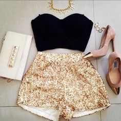 Love the gold sequin shorts! would be such a cute outfit for new years :) Mode Outfits, Short Outfits, Short Dresses, Fashion Outfits, Womens Fashion, Party Outfits, Party Clothes, Vegas Outfits, Teen Fashion