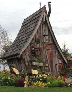 spielhaus garten Whimsical Garden Shed A place to relax and dream, . Fairytale Cottage, Storybook Cottage, Fairy Houses, Play Houses, Hobbit Houses, Crooked House, Brick Patterns Patio, Backyard Sheds, Backyard Patio