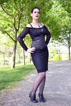Black pencil skirt  gothic pin up rockabilly by ClaudiaCandeiasArt, €22.00