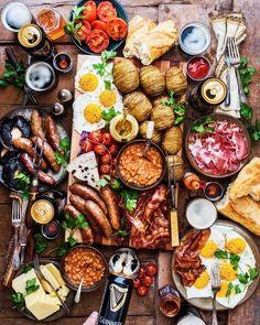 Food - Lebensmittel Likes, 150 Comments - Dennis The Prescott ( on Instagra Breakfast Platter, Breakfast For Dinner, Breakfast Recipes, Irish Breakfast, Full English Breakfast Ideas, Good Food, Yummy Food, Cooking Recipes, Healthy Recipes