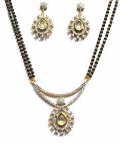 fashion jewellery online: Mangal sutra Gold Mangalsutra, Online Manga, Fashion Jewellery Online, Bridal Jewellery, Indian Jewelry, Diamond, Stuff To Buy, Diamonds