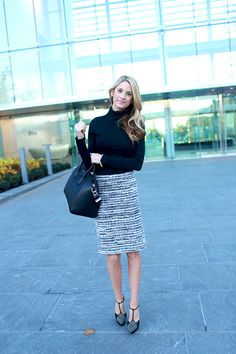 Ivory Lane - Sophisticated pencil skirt. Love it!