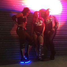 Naomi Sasha Banks & Tamina