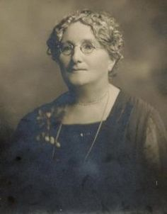 Marion Knowles 1865-1949 She was born in Woods Point, Howqua - Woods Point area, Mansfield - Mount Buller area, Northern Victoria, Victoria.