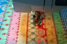 Pretty cute, use fancy stitches to make it look like those old crazy quilts that used all different stitches.The BOOKKEEPER « Moda Bake Shop Crazy Quilting, Free Motion Quilting, Quilting Tips, Quilting Tutorials, Quilting Projects, Sewing Tutorials, Sewing Crafts, Sewing Projects, Hand Quilting