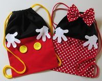 Minnie oder Mickey Rucksack - 20 x 30 cm, Fiesta Mickey Mouse, Mickey Party, Mickey Mouse Birthday, Mickey Minnie Mouse, Disney Diy, Disney Crafts, Sewing For Kids, Baby Sewing, Kids Bags