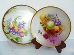 CAN WE USE THESE PLATES FOR OUR PICNIC ?..........  Epsream  Weekly Challenge by Pat Peters on Etsy